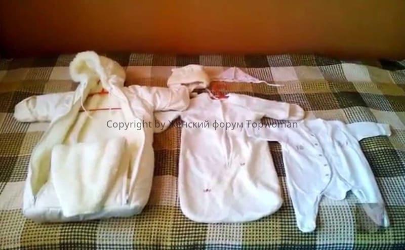 Как одевать новорождённого под конверт из овчины