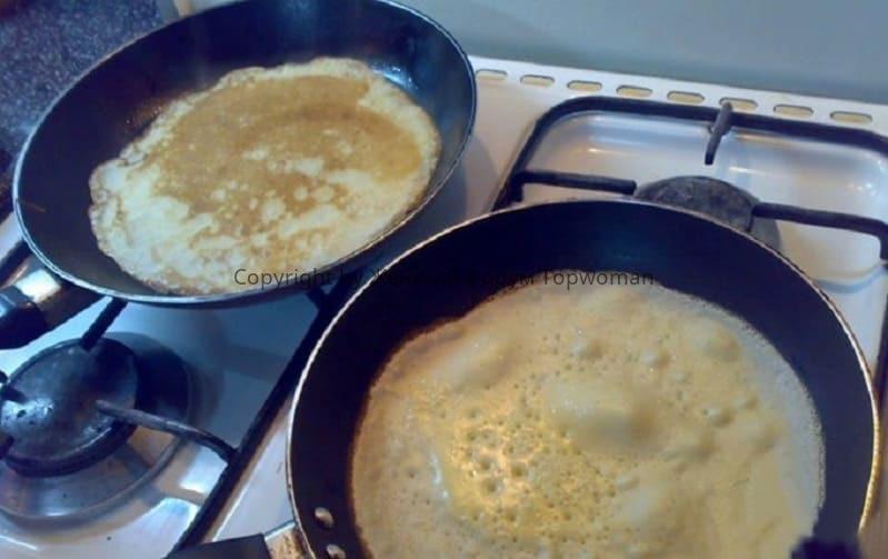 Как жарить блины на сковороде
