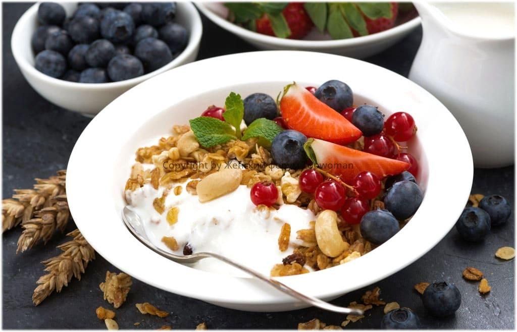 Мюсли с йогуртом или кефиром