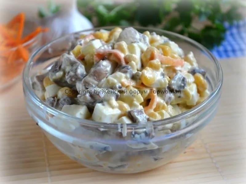 Салат с шампиньонами и корейской морковкой