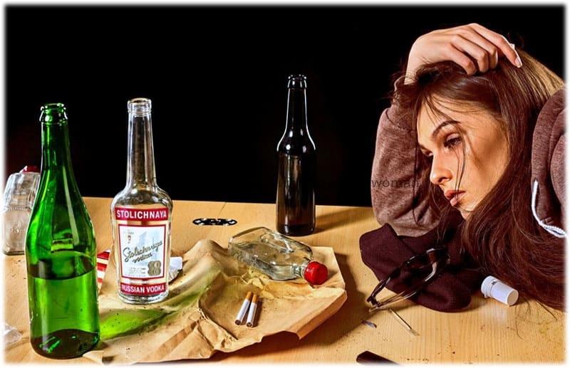 Характерные симптомы женского алкоголизма