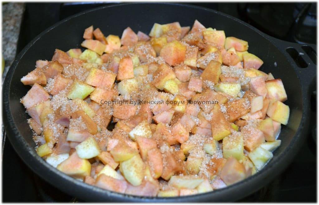 Как карамелизовать яблоки на сковороде для начинки