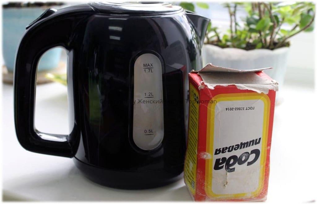 Как очистить накипь в чайнике содой